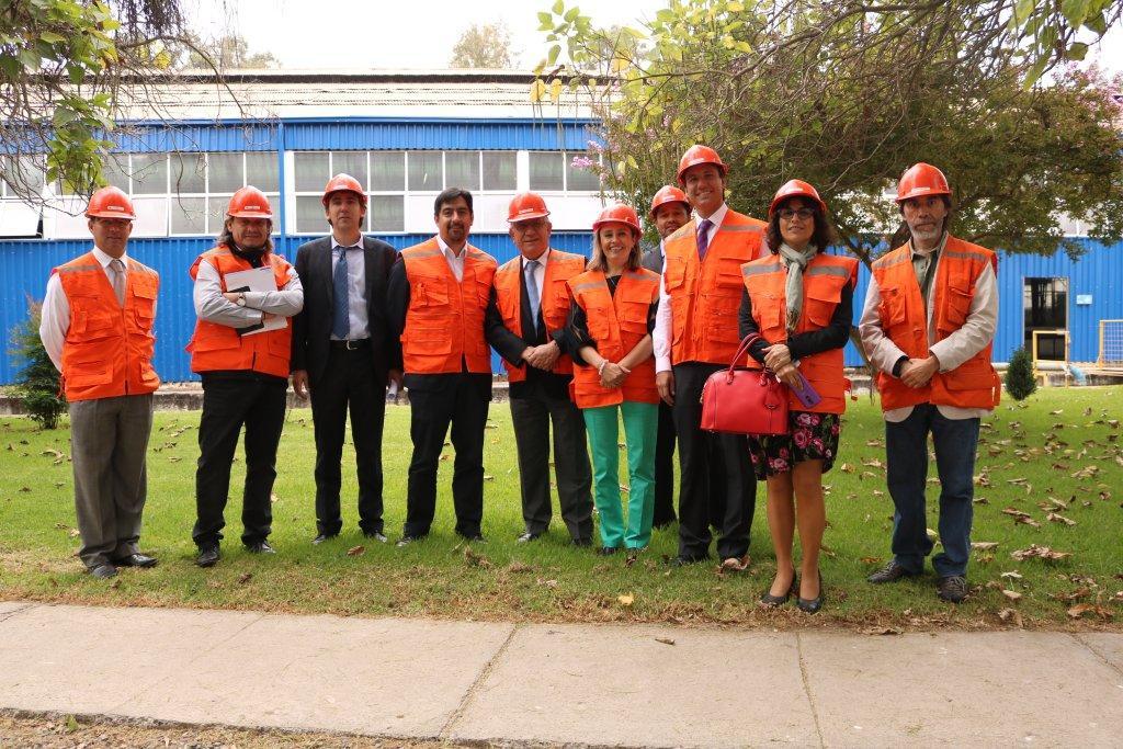 Reciente Consejo de INH sesiona en Peñaflor e integrantes conocen instalaciones de laboratorio