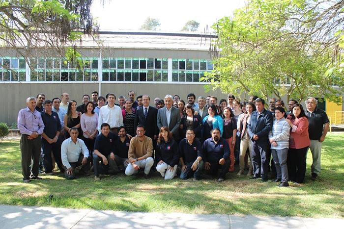 Ministro Undurraga visita Laboratorio del Instituto Nacional de Hidráulica
